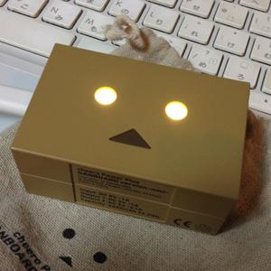 実物みたらやっぱり欲しくなった、ダンボーのモバイルバッテリー目が光る小さい方