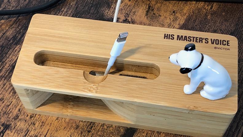 ビクター 木製スマホスタンド スピーカー 充電コード対応